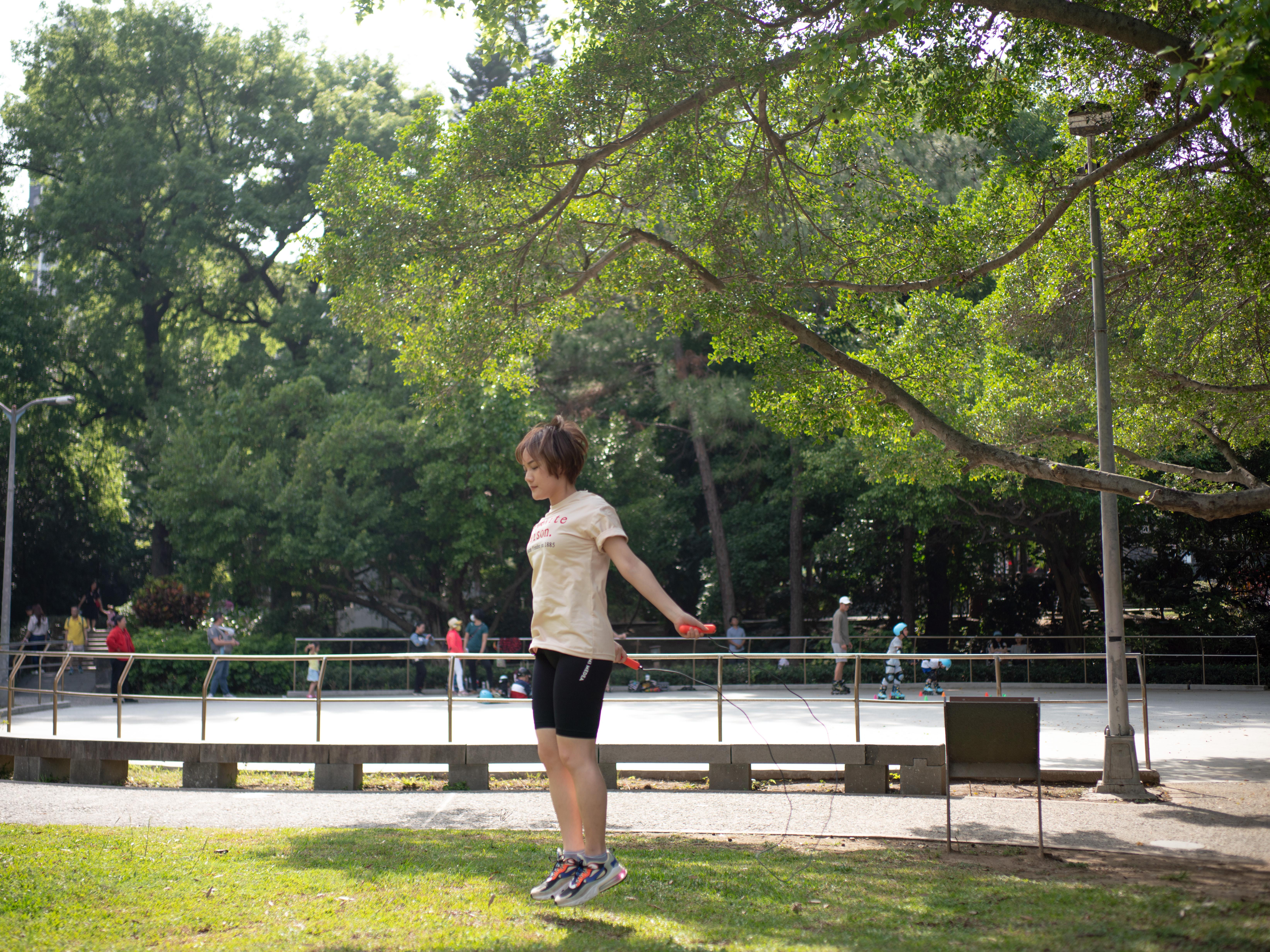 高效率燃脂跳繩減肥法。開箱Tangram藍牙智慧跳繩Rookie心得分享