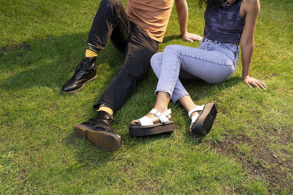 今年春夏最潮新款馬汀涼鞋,無法被遺忘的dress code首選!