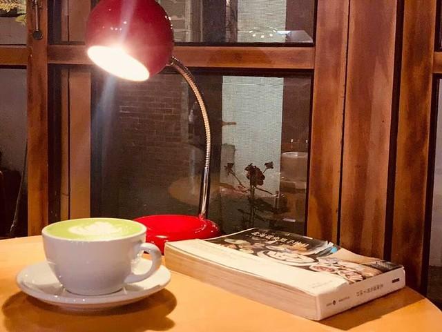 【7間台南下午茶】在地人才知道的台南甜點!復古老宅好拍又好吃,必吃的深夜甜點店推薦!