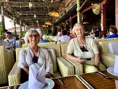 Restaurant Bopha Phnom Penh Titanic