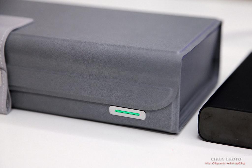 (chujy) Moshi 隨身折疊消毒盒 Deep Purple 隨身消毒好幫手 - 25