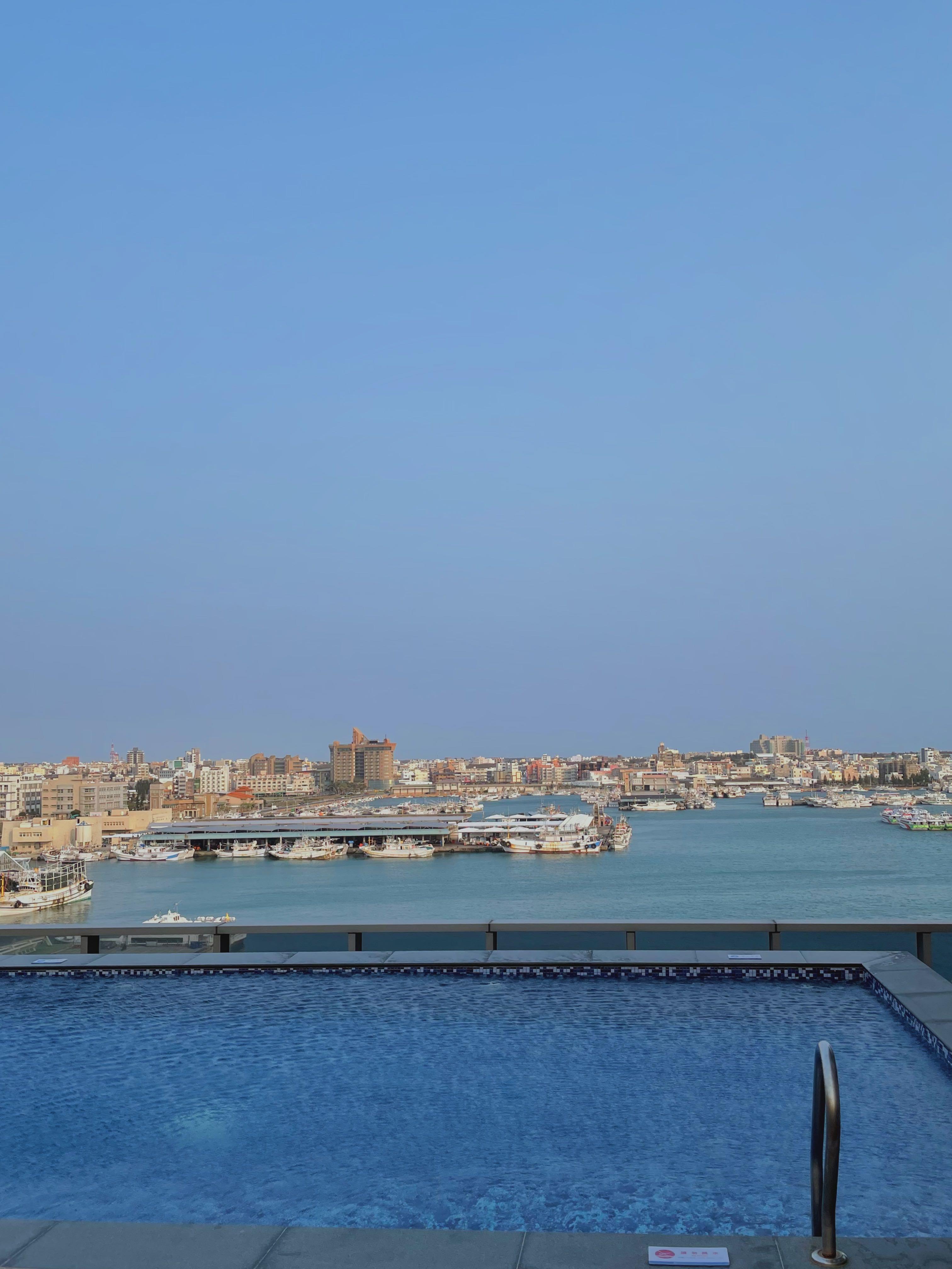澎澄飯店 無邊際泳池