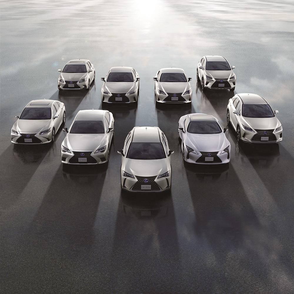 Lexus 210520-1