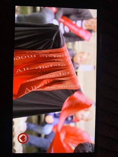 100mm rood lint met wit bedrukt Moederdag editie All You Need is Love 2021