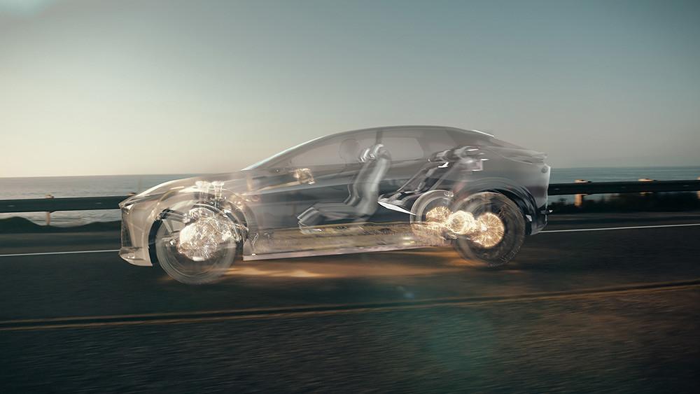 Lexus 210520-2