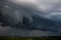 Shelf cloud  boven zeewolde