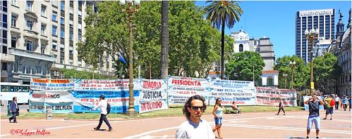 Les  Mères de la Place de Mai    Buenos Aires