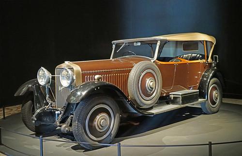 Voiture Hispano-Suiza (Musée des arts décoratifs, Paris)