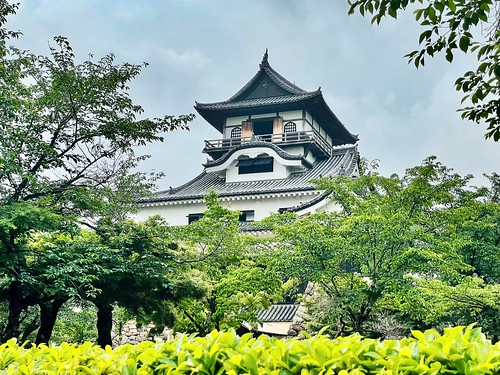 Inuyama castle.  a castle tower. 犬山城. 天守閣