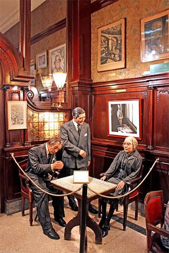café Tortoni  1/³......  pour évoquer le passé