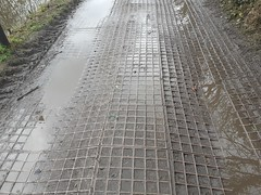 Towpath surfacing on the Macclesfield Canal