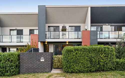 21 Finemore St, Coombs ACT 2611