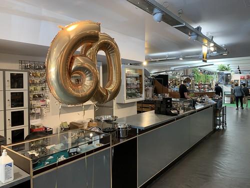 Folieballon Cijfer 60 Verjaardag Kookwinkel Oostplein Rotterdam