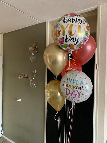 Ballonboeket Verjaardag Rood Wit Goud
