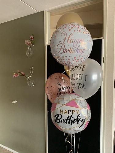 Ballonboeket Verjaardag Rosegoud Wit