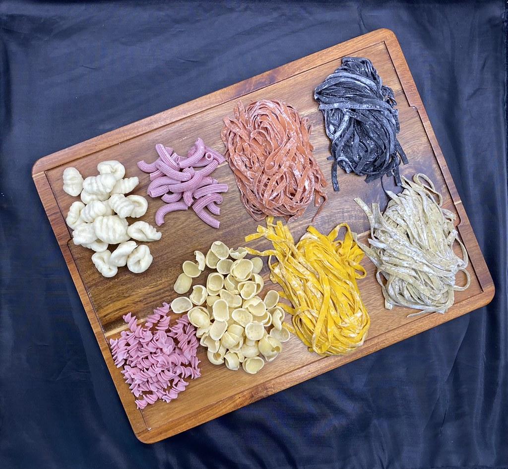 隨意鳥地方大安東尼餐廳「PASTA隨意煮麵吧」1+1自選生麵醬料理包_六款義式手工生麵