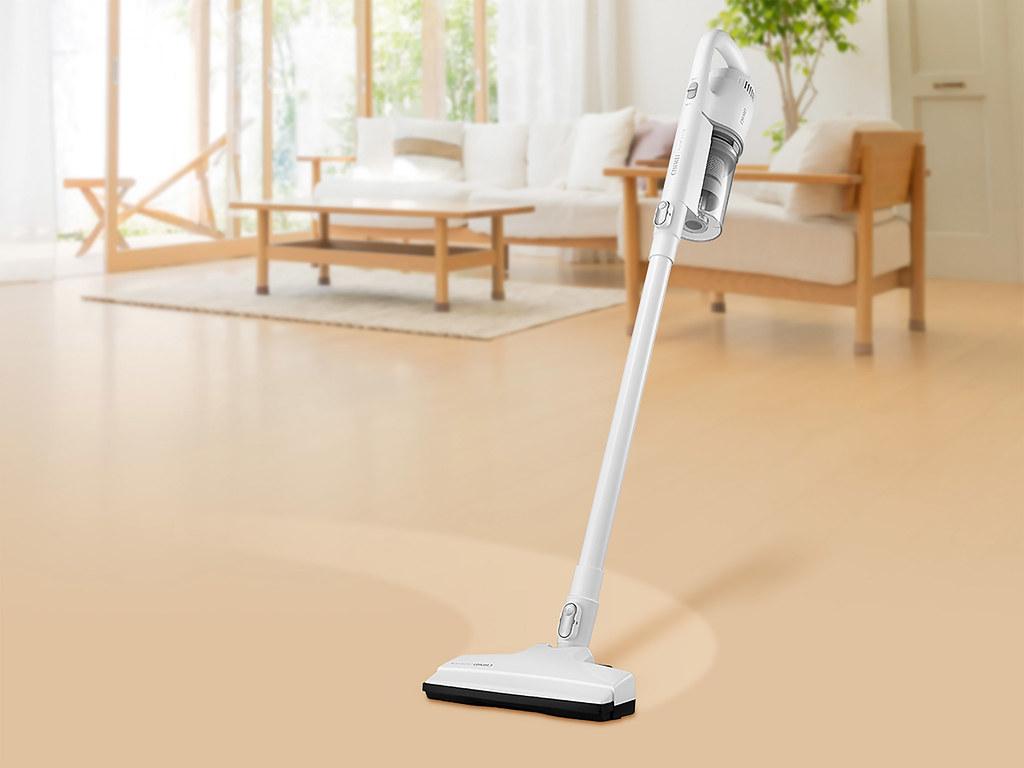 08-CHIMEI手持強力氣旋吸塵器,高效過濾、超強吸力,不管是寢室、客廳、沙發、窗簾等皆能輕鬆清掃