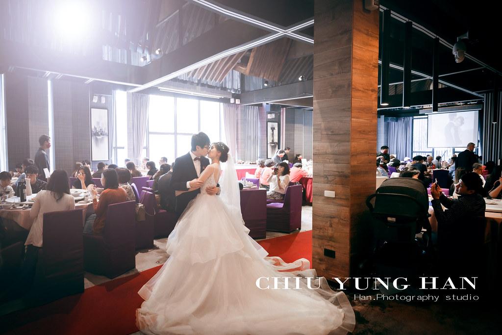 台中婚禮紀錄,印月婚禮紀錄,手工禮服,新秘,類婚紗,戶外證婚,戶外婚禮