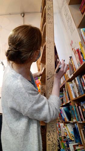 Amanda Block in the Edinburgh Bookshop 03