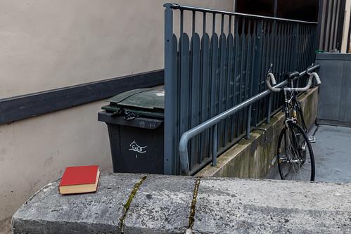 Le livre et le vélo