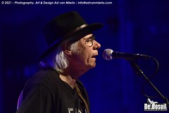 2021 Bosuil-Neil Young Mirror Band 36