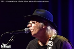 2021 Bosuil-Neil Young Mirror Band 8