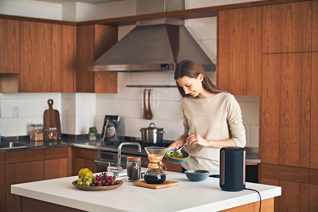 圖5) 於夏季促銷活動期間購買Sony 旗艦無線揚聲器SRS-RA3000,或是具備強勁重低音動感音效的EXTRA BASS 系列無線藍牙喇叭,註冊即送 NT$200~NT$1,000 超商商品卡。(圖為SRS-RA3000)