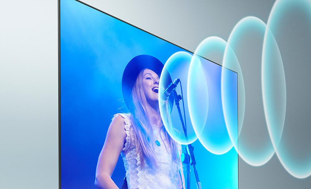 9.-BRAIVA-XR系列採用先進的「XR-聲音定位技術」,改善傳統揚聲器設置於螢幕下方的放送效果,可精準定位聲音來源,在螢幕對應的位置播放,營造更立體的聆聽效果。