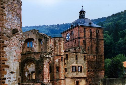 "Heidelberger Schloss (09) • <a style=""font-size:0.8em;"" href=""http://www.flickr.com/photos/69570948@N04/51261888200/"" target=""_blank"">View on Flickr</a>"
