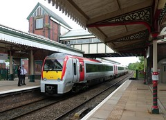 Photo of 175 116 at Wrexham General