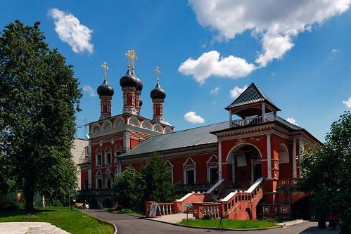 Церковь Сергия Радонежского Высоко-Петровского монастыря