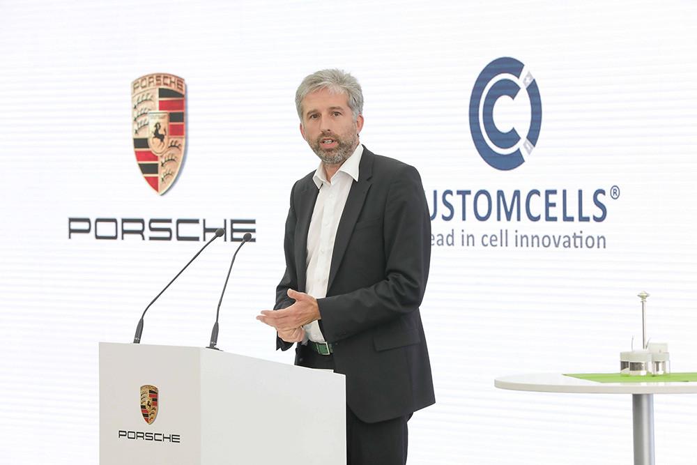 Porsche 210624-5