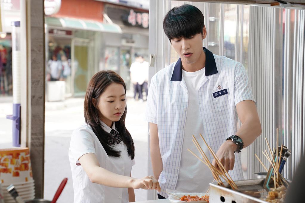 韓版《婚禮的那一天》由朴寶英、金英光主演
