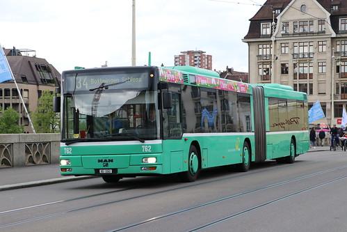 2021-04-29, Basel, Mittlere Rheinbrücke