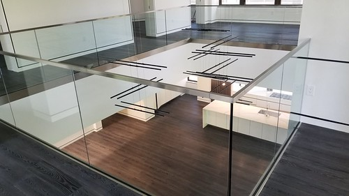 Glass and aluminum balcony
