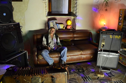 Leno Landini #armonica #elettrificata #rocknroll #blues #rock #folk #popolare 🎥#elettritv💻📲 #webtv #musicaoriginale #indian 🍂 #canalemusicale #webtvmusicaoriginale #musicaitaliana #sottosuolo #musica 🔊 #und