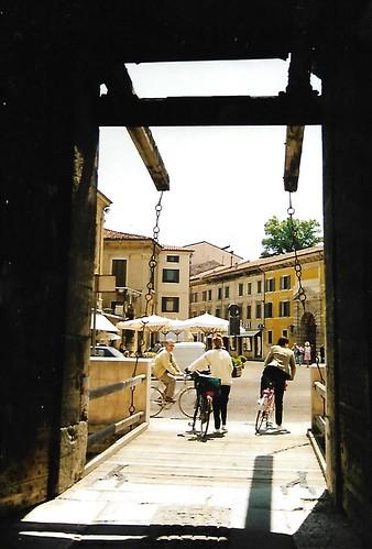 Verona, Corso Castelvecchio, drawbridge of Castelvecchio