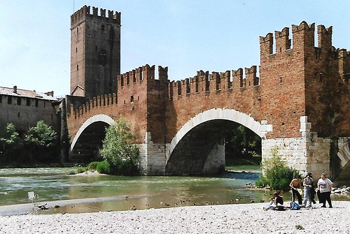 Verona, Adige & Ponte Scaligero