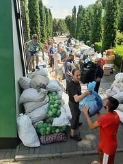 01. Погрузка гуманитарной помощи в Винницкой епархии