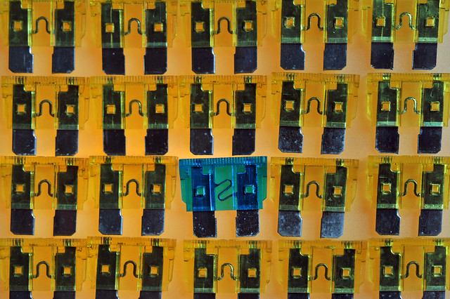 crazytuesday oddoneout fuses automotive yellow blue 15amp 50amp pattern grid blades electrical transparent backlit lightbox nikon d700 micronikkor 55mm