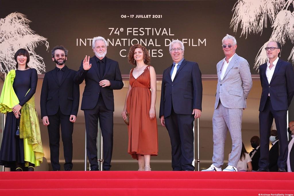 《尋找安妮法蘭克》劇組(左至右):配樂Karen O、配樂Ben Goldwasser、導演阿里福爾曼、插畫師Lena Guberman、製片