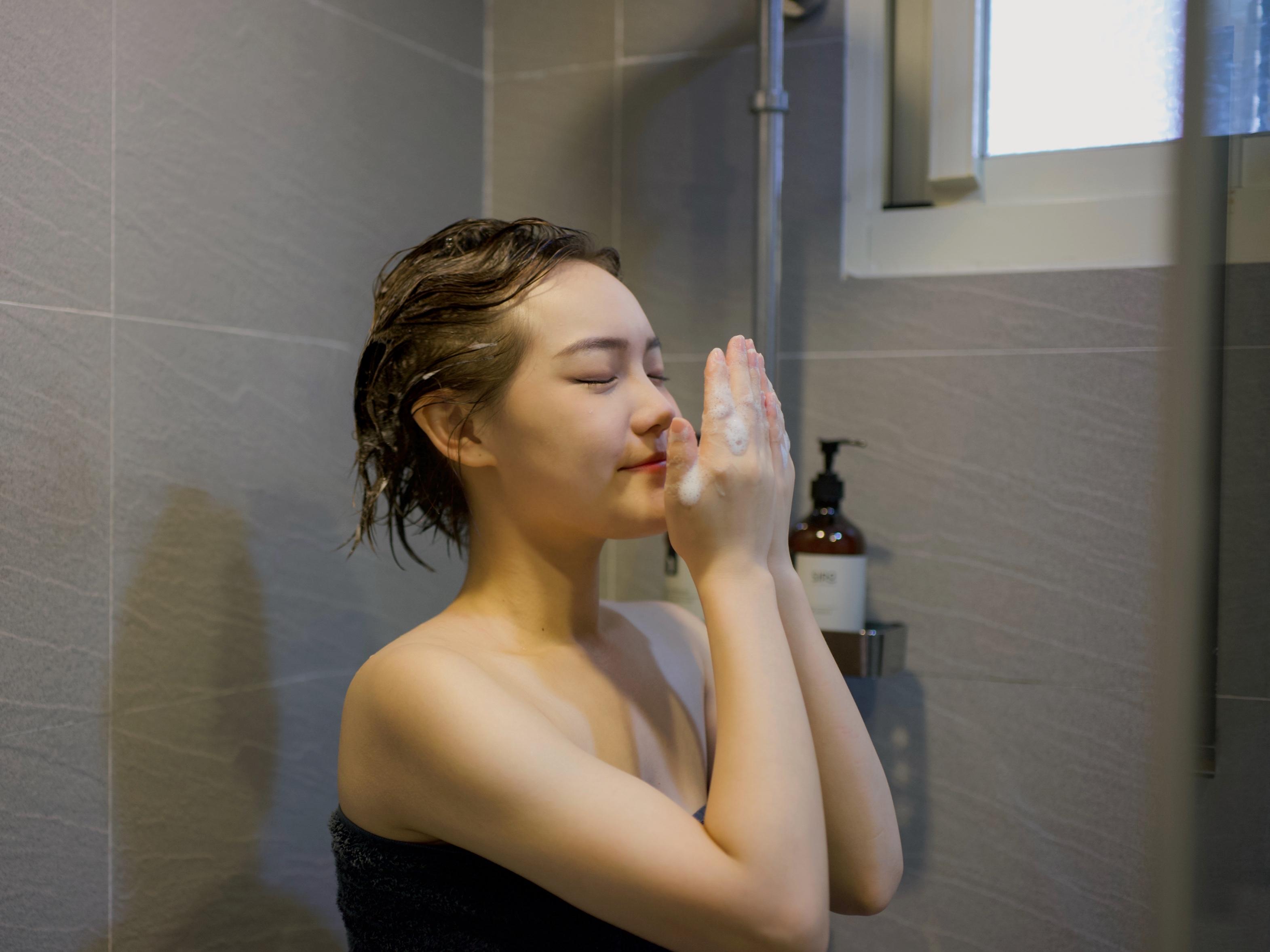 細軟髮洗髮精推薦 MIT台灣健髮品牌SIRO   ptt dcard評價 心得