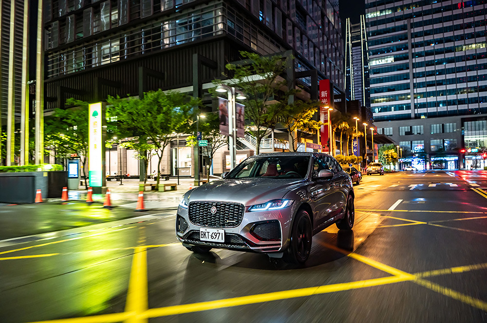F-PACE 210719-11