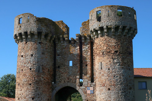 Les ruines du château de Sanzay (Argentonnay, 79)