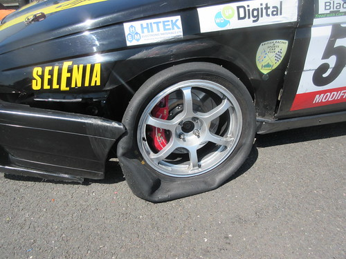 Destroyed tyre brought Scott Austin's race 2 to an end when lying second.