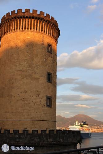 Nouveau Château / Donjon Angevin (Castel Nuovo / Maschio Angioino)