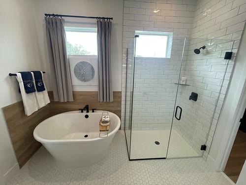 Master bathroom with freestanding run