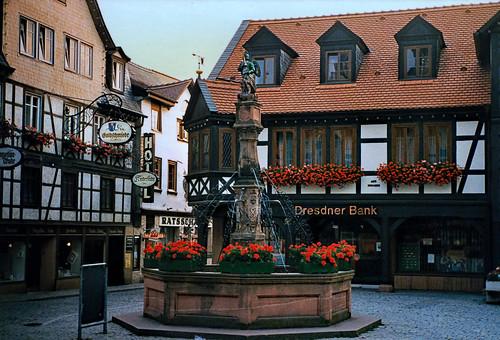 """Michelstadt (02) Marktplatz • <a style=""""font-size:0.8em;"""" href=""""http://www.flickr.com/photos/69570948@N04/51326277410/"""" target=""""_blank"""">Auf Flickr ansehen</a>"""