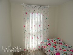 """CORTINA INFANTIL CORAZONES BARRA MADERA BLANCA • <a style=""""font-size:0.8em;"""" href=""""http://www.flickr.com/photos/67662386@N08/51329520726/"""" target=""""_blank"""">View on Flickr</a>"""