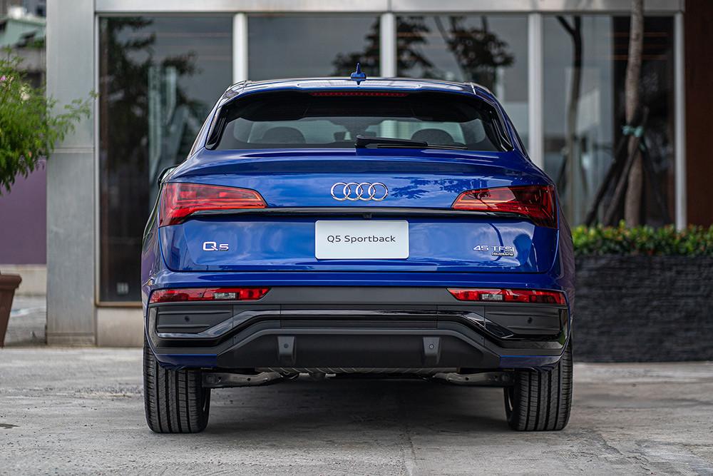 Audi 210723-7